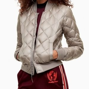 Aritzia Tna Packable League Down Puff Jacket